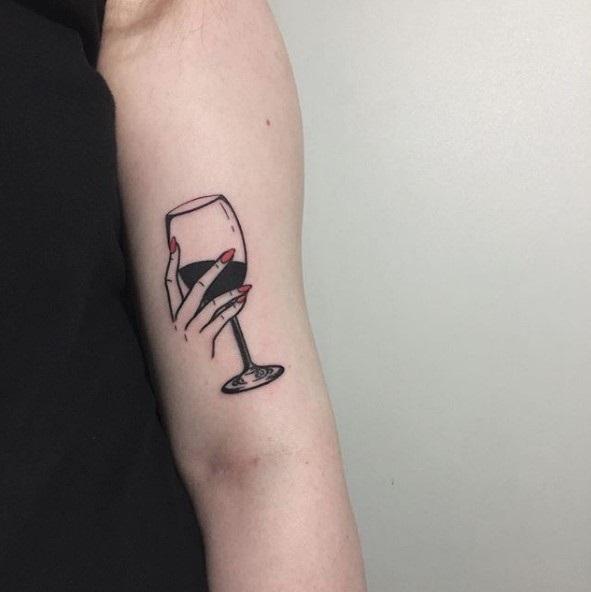 Тату вина 011