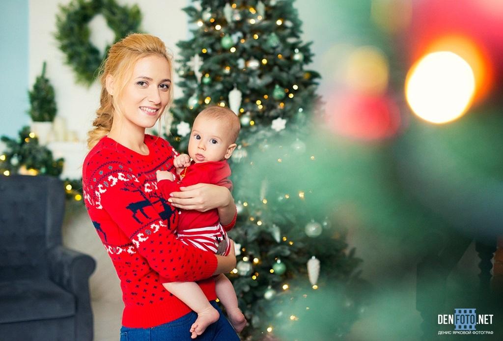 Новогодняя фотосессия мама и сын 005