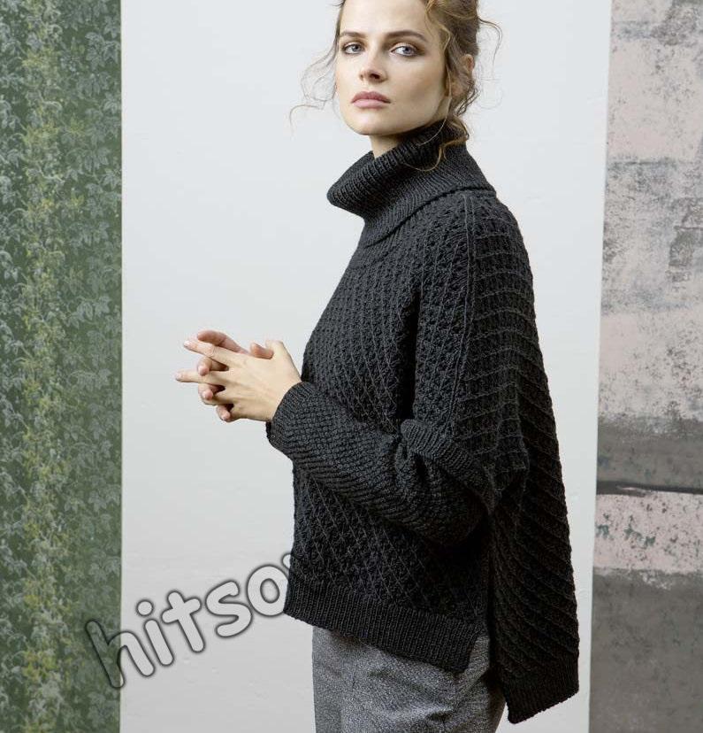 Свободный вязаный свитер спицами 001