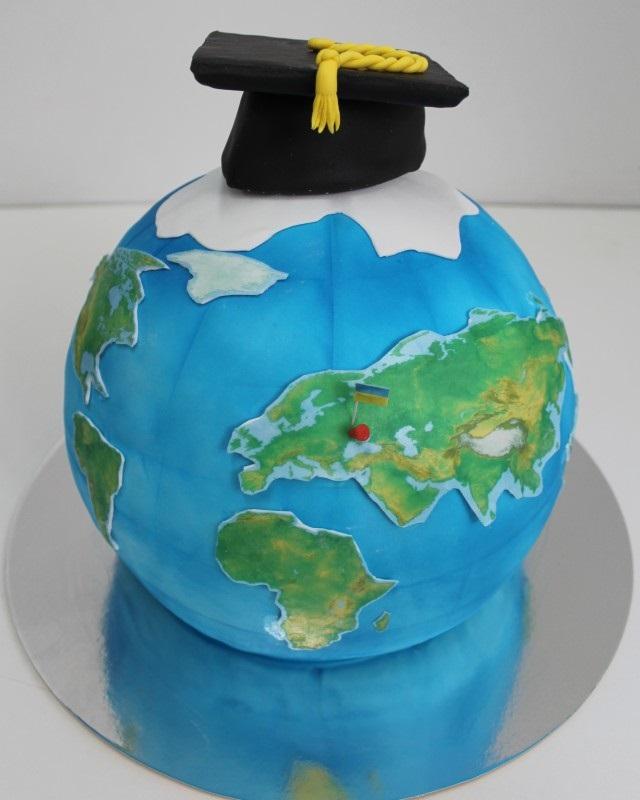 Торт в виде планеты 009