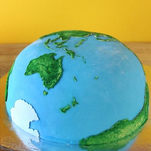Торт в виде планеты 025