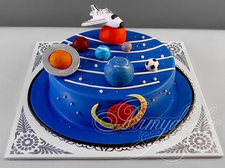 Торт в виде планеты 026