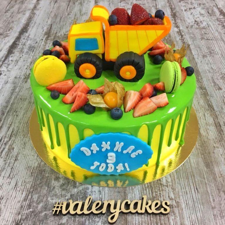 Торт грузовик с конфетами 004