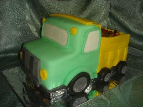 Торт грузовик с конфетами 012