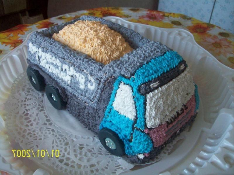 Торт грузовик с конфетами 013