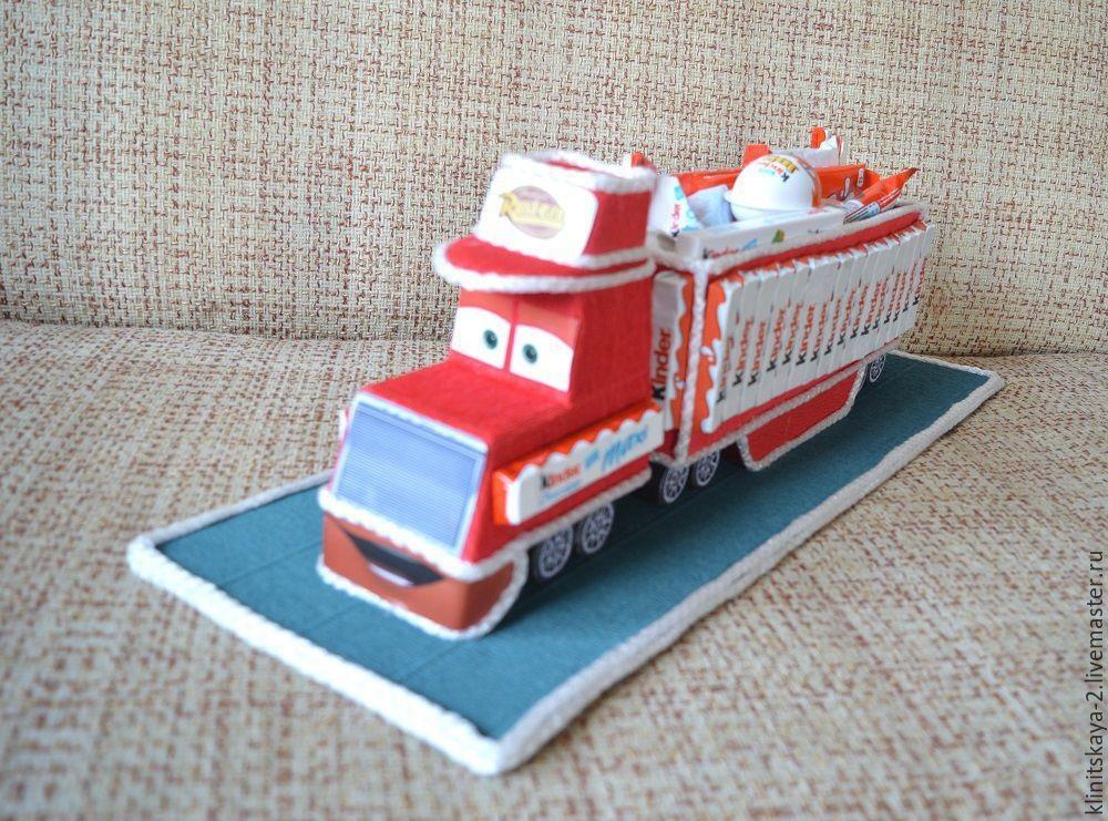 Торт грузовик с конфетами 014