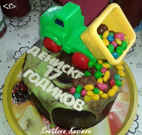 Торт грузовик с конфетами 026