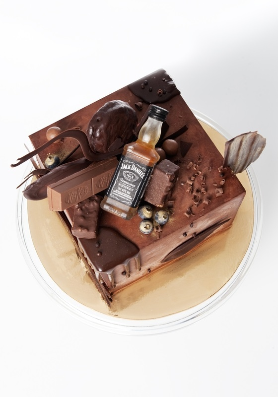 Торт квадратный для мужчины 020