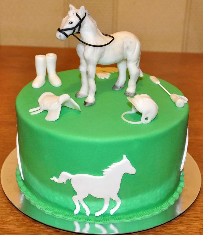 Фото торт с лошадками 004