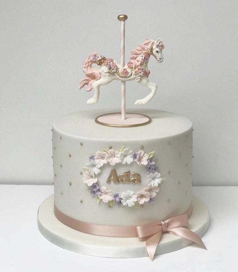 Фото торт с лошадками 018