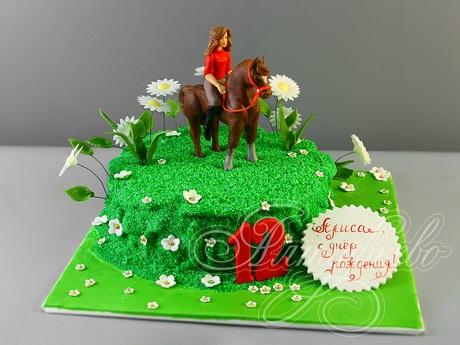 Фото торт с лошадками 020