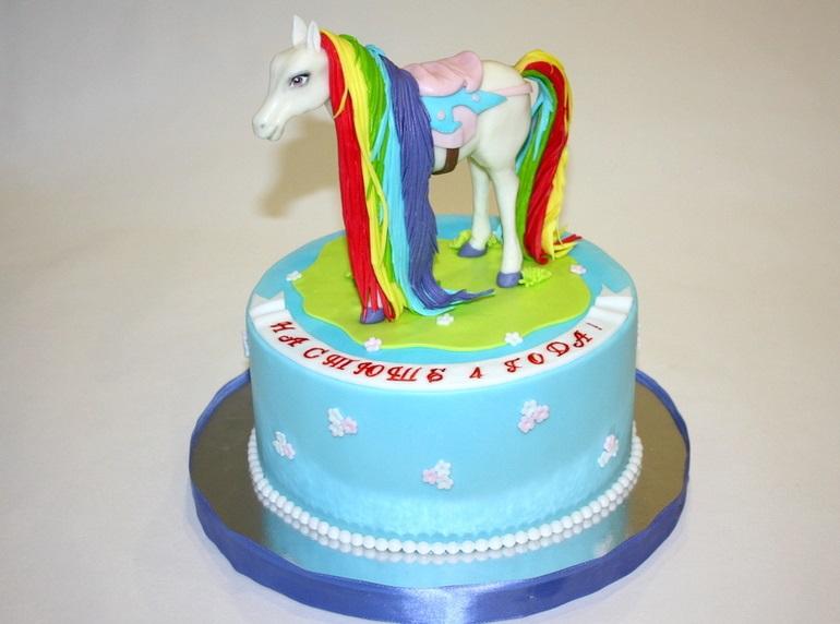 Фото торт с лошадками 022
