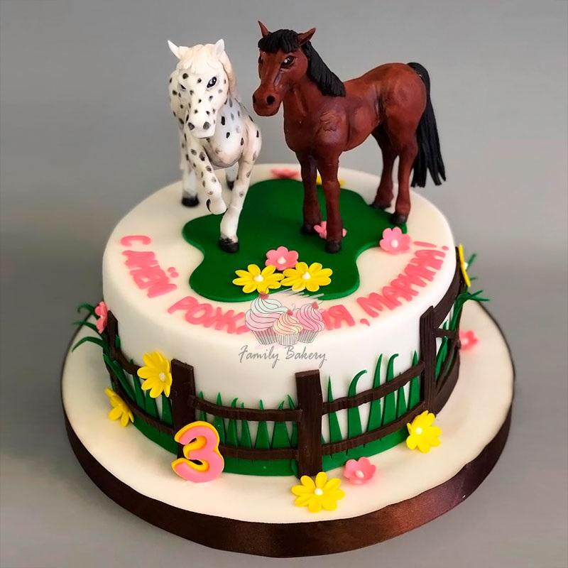 Фото торт с лошадками 026