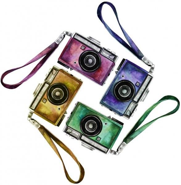 Рисунок фотоаппарата акварелью 017