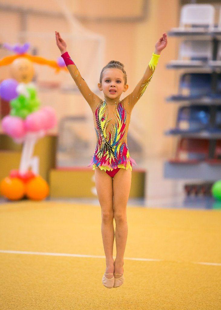 Самые красивые купальники для художественной гимнастики 010