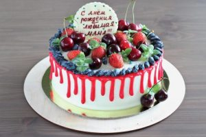Вкусный торт на праздник с Днём матери 030