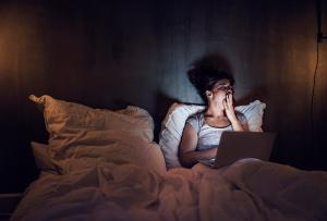 Бессонница и беспокойство: странная пара, которая пнула эту женщину из постели и включила ее
