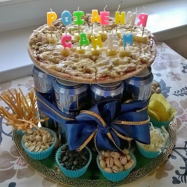 Прикольный торт из пива на день рождение для мужа 003