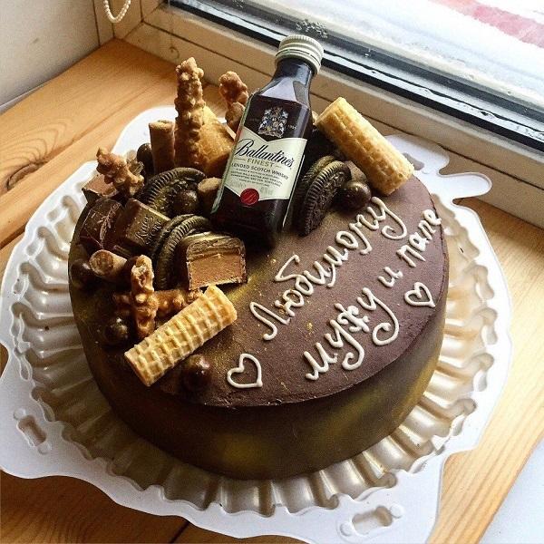 Прикольный торт из пива на день рождение для мужа 014