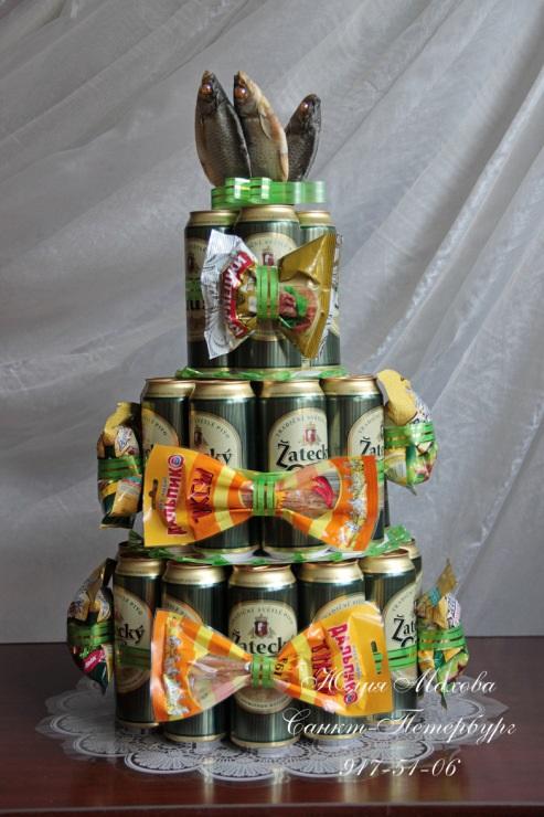 Прикольный торт из пива на день рождение для мужа 021