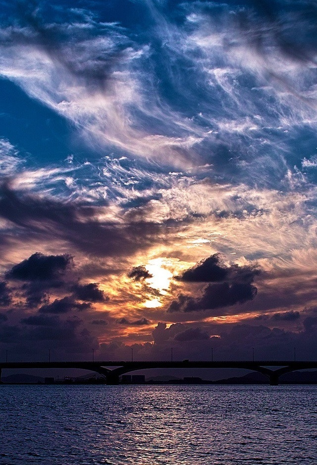 Красивые обои неба на айфон 003