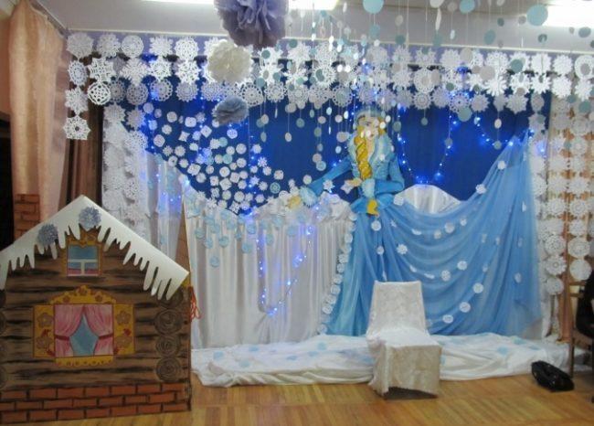 Идея украшение зала в детском саду в новый год 21