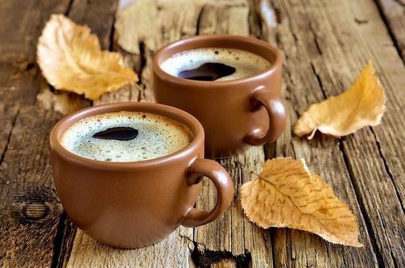 Милые фото девушки осенью с кофе 24