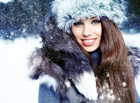 Классные обои снегурочки на телефон 03