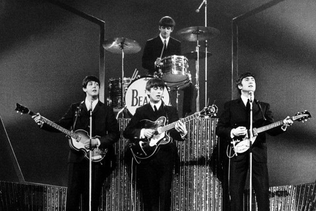Красивые картинки на Всемирный день «The Beatles» 12