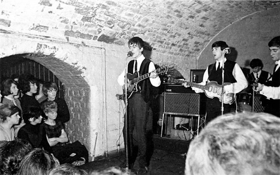 Красивые картинки на Всемирный день «The Beatles» 16