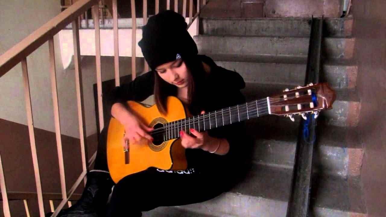 Красивая девушка с гитарой фото, картинки 10