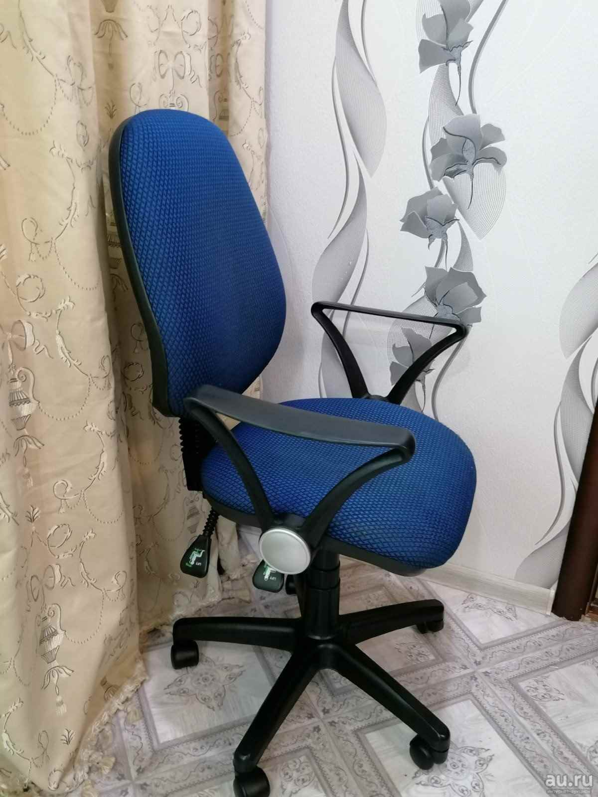 Красивое компьютерное кресло фото, картинки 02
