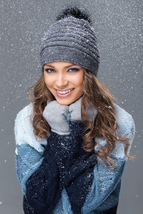 Красивые девушки фото в шапке (11)