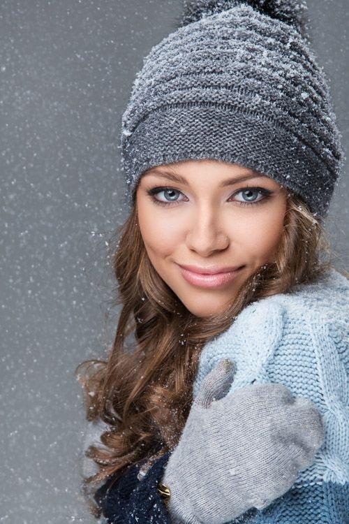 Красивые девушки фото в шапке (12)