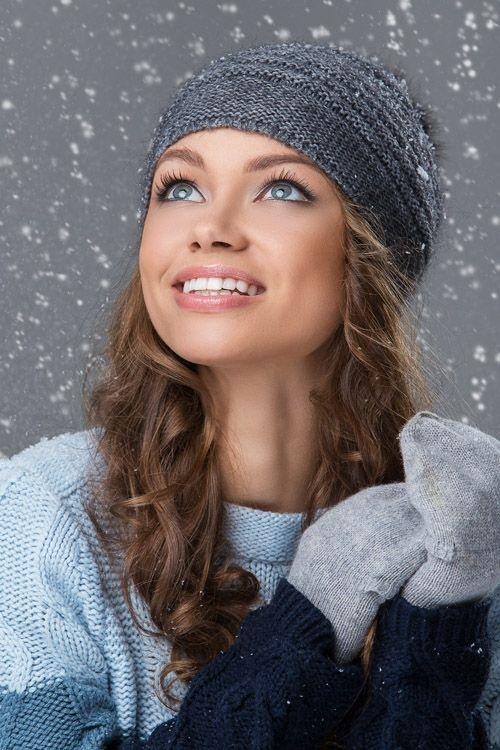 Красивые девушки фото в шапке (14)