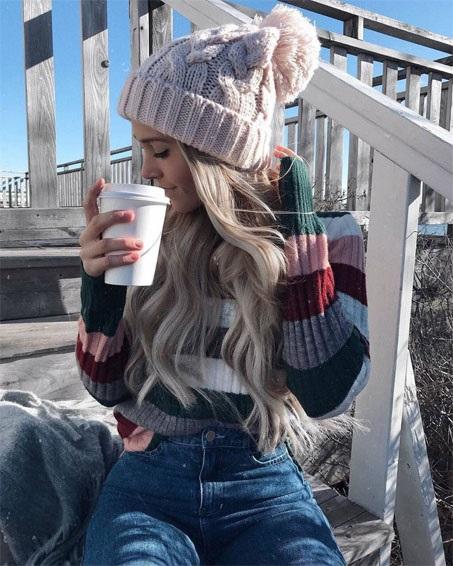 Красивые девушки фото в шапке (17)