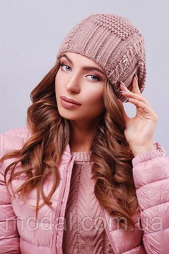 Красивые девушки фото в шапке (26)