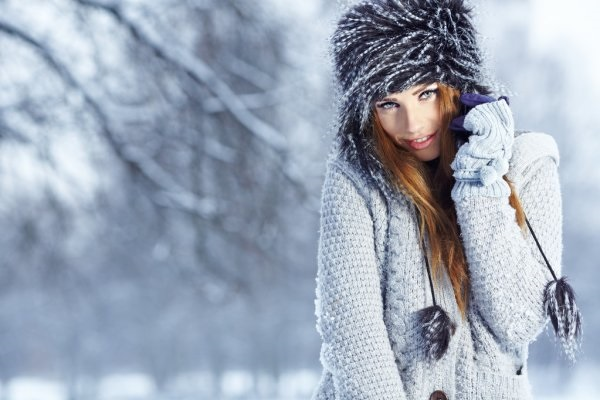 Красивые девушки фото в шапке (27)