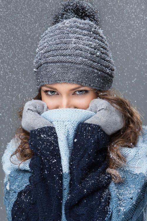 Красивые девушки фото в шапке (8)