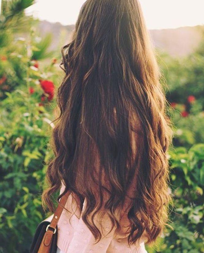 Девушка спиной с длинными волосами фото 2021 (10)