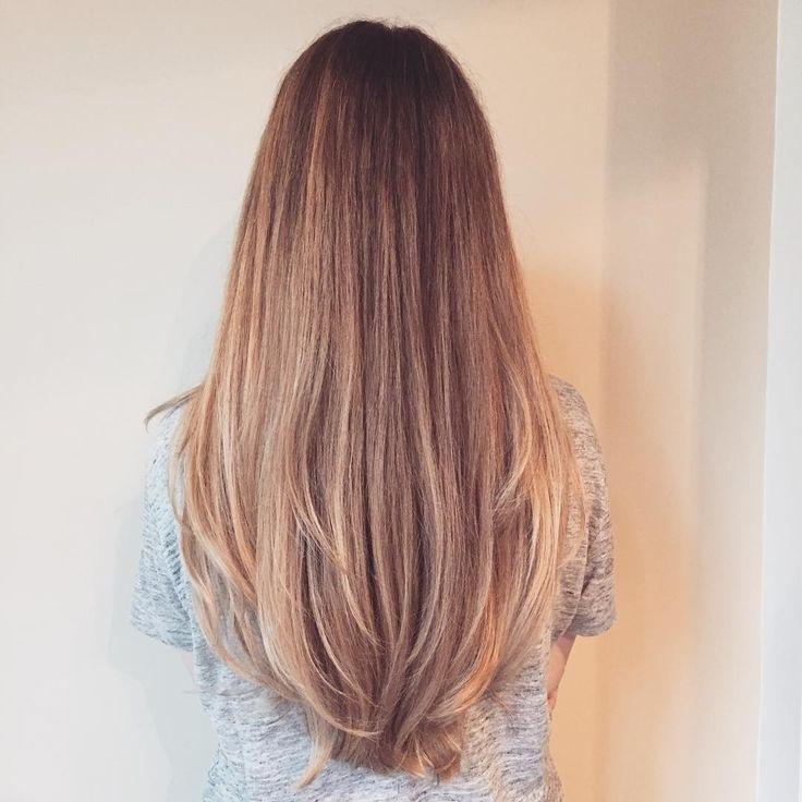 Девушка спиной с длинными волосами фото 2021 (17)