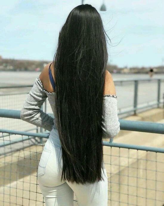 Девушка спиной с длинными волосами фото 2021 (21)