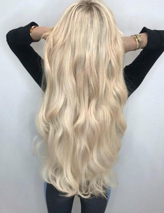 Девушка спиной с длинными волосами фото 2021 (23)