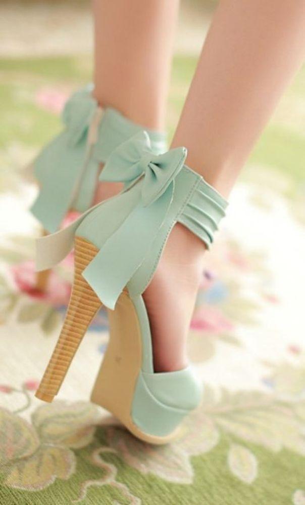 Красивые фото ножек в туфельках (18)