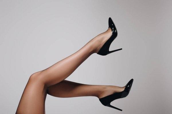Красивые фото ножек в туфельках (4)