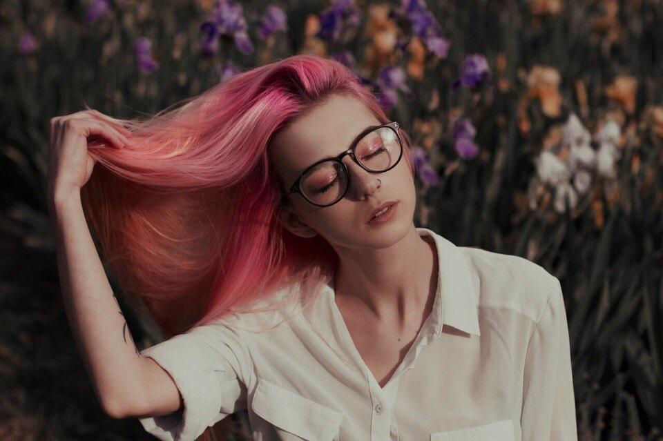 Самые милые картинки девушки с розовыми волосами (9)